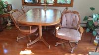 Dinning Room Table & four chairs
